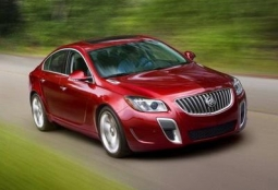 Новый Buick Regal 2013 года